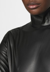 Who What Wear - TURTLENECK - Long sleeved top - black - 5