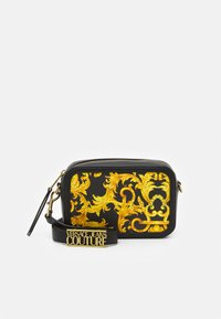 Versace Jeans Couture - LULA CAMERA BAG - Torba na ramię - black - 1