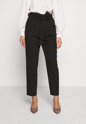 MILLIER STITCH BELT TROUSER - Pantalon classique - black