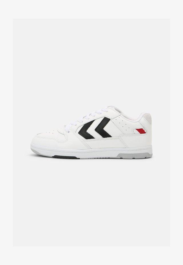 POWER PLAY UNISEX - Sneakersy niskie - white/black/grey