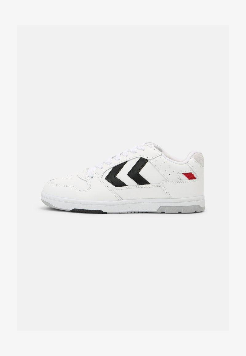 Hummel - POWER PLAY UNISEX - Sneakers - white/black/grey