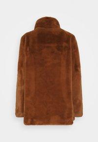 FUCHS SCHMITT - Short coat - vikunja - 1