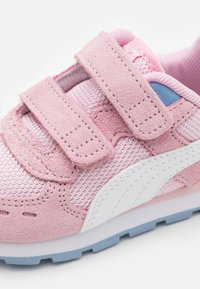 Puma - VISTA - Trainers - pink lady/white/forever blue - 5