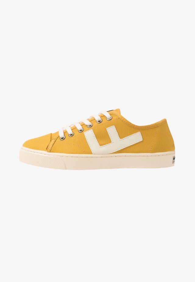 RANCHO - Sneakers basse - mustard/ivory