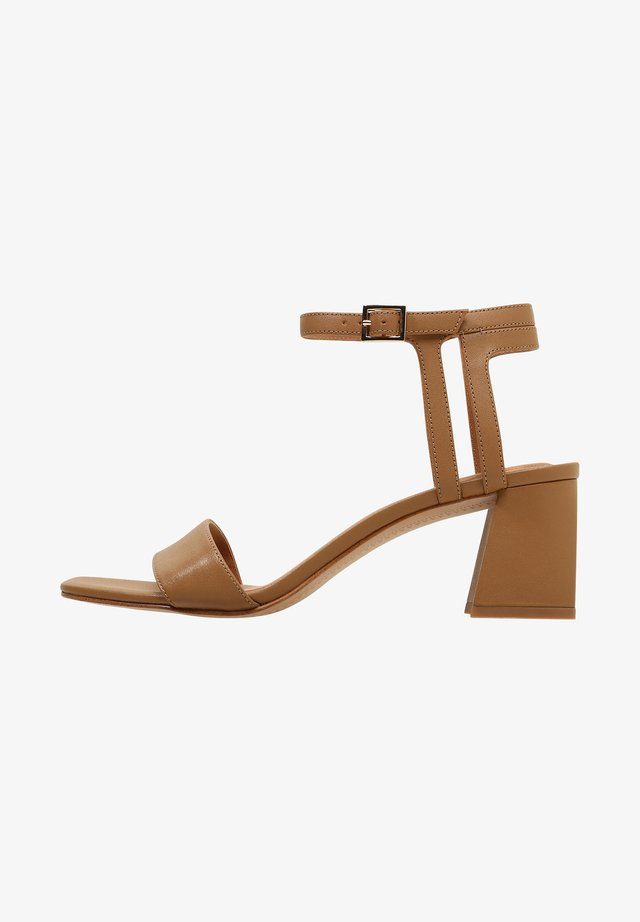 EVIE - Sandales - light camel