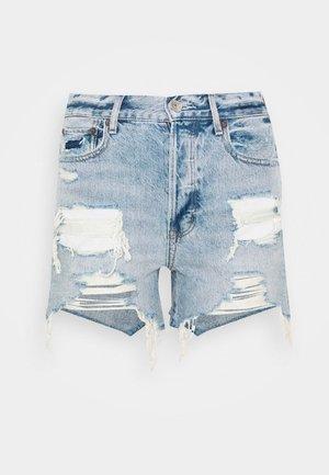 Denim shorts - classic vintage destroy
