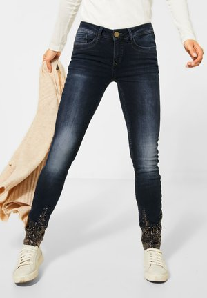 MIT SAUM-DEKO - Slim fit jeans - blau