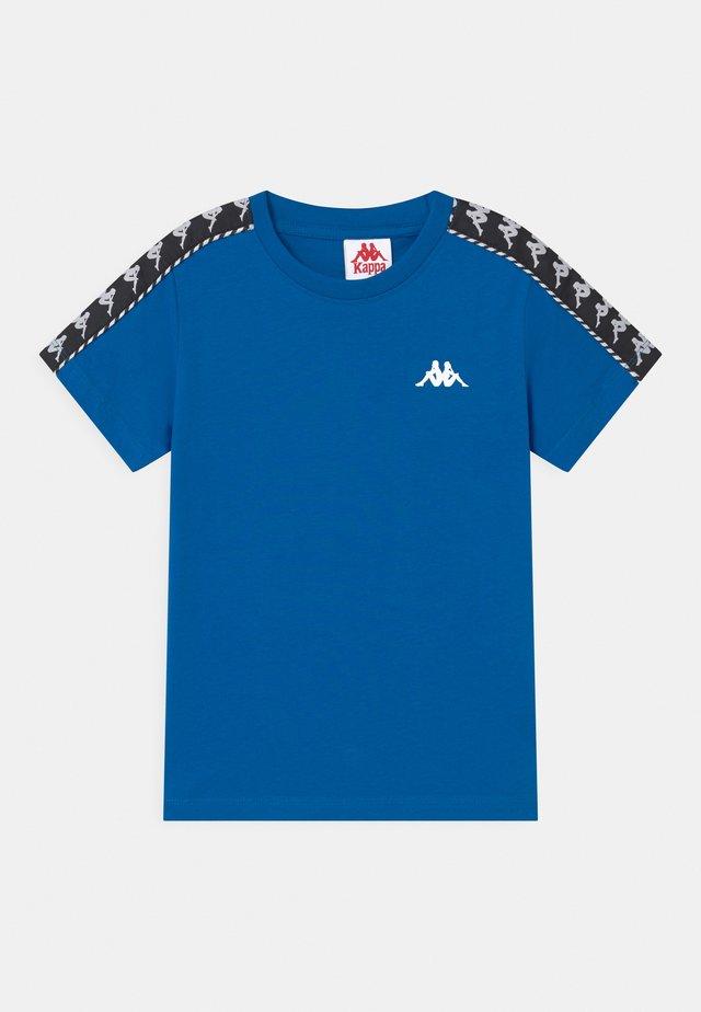 ILYAS UNISEX - T-shirt con stampa - skydiver
