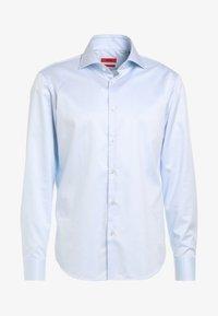 HUGO - VERALD REGULAR FIT - Formal shirt - pastel blue - 5