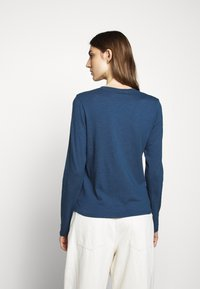 CLOSED - WOMEN´S - Long sleeved top - archive blue - 2