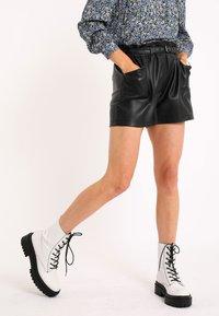Pimkie - Shorts - schwarz - 0