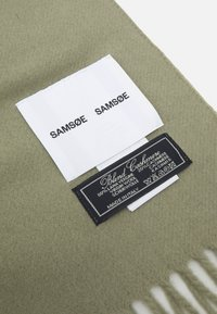 Samsøe Samsøe - EFIN SCARF  - Šal - covert green - 3