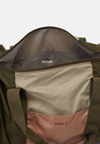 DAY ET - BLOCK SPORT - Sports bag - ivy green - 2