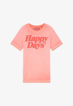 T-Shirt print - fiery coral