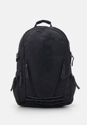 DETROIT CLASSIC TARP - Batoh - black