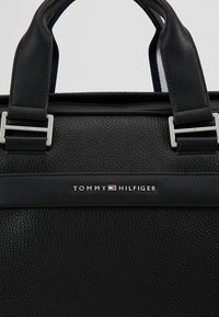 Tommy Hilfiger - BUSINESS COMPUTER BAG - Aktovka - black - 7