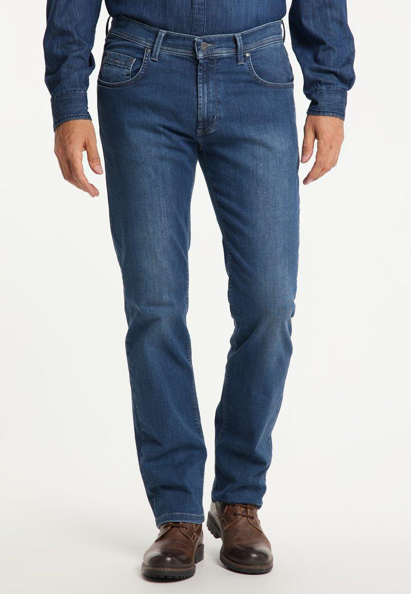 Pioneer Authentic Jeans - RANDO MEGAFLEX - Straight leg jeans - stone used