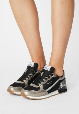 ARCHIE TOP - Trainers - chrome