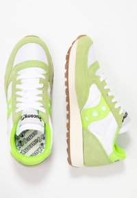 Saucony - JAZZ VINTAGE - Trainers - slime/white - 3