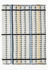 s.Oliver - MIT WEBMUSTER - Scarf - black - 4