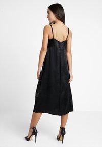 Even&Odd Petite - Denní šaty - black - 2