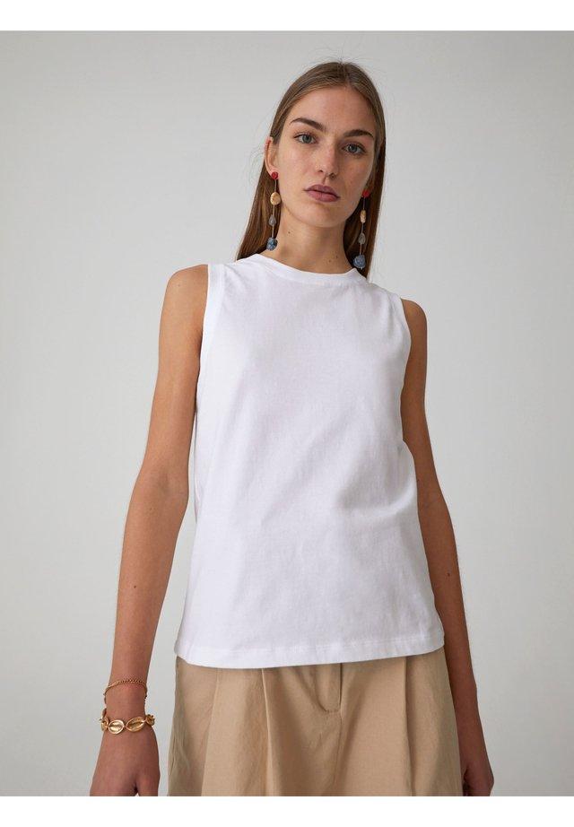 JANET - Toppi - white