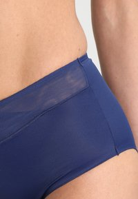Triumph - TRUE SENS - Shapewear - deep water