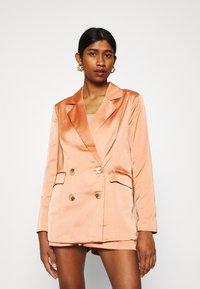 Fashion Union - TUSCANY - Blazer - apricot - 0