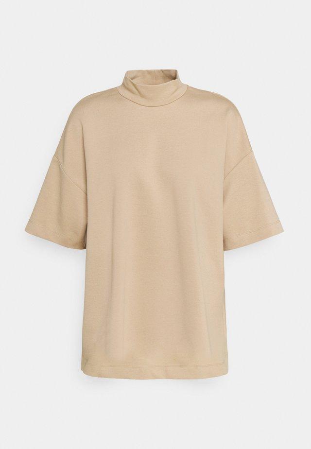 SLFGIDA 2/4 TEE - Print T-shirt - taupe