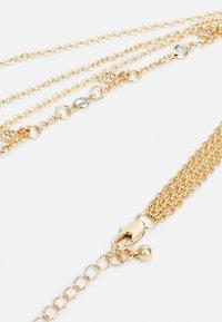 Pieces - PCSKY COMBI NECKLACE - Necklace - gold-coloured - 1