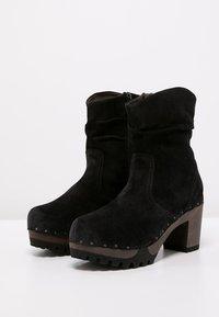 Softclox - BOOTIE - Platform ankle boots - bailey schwarz - 2