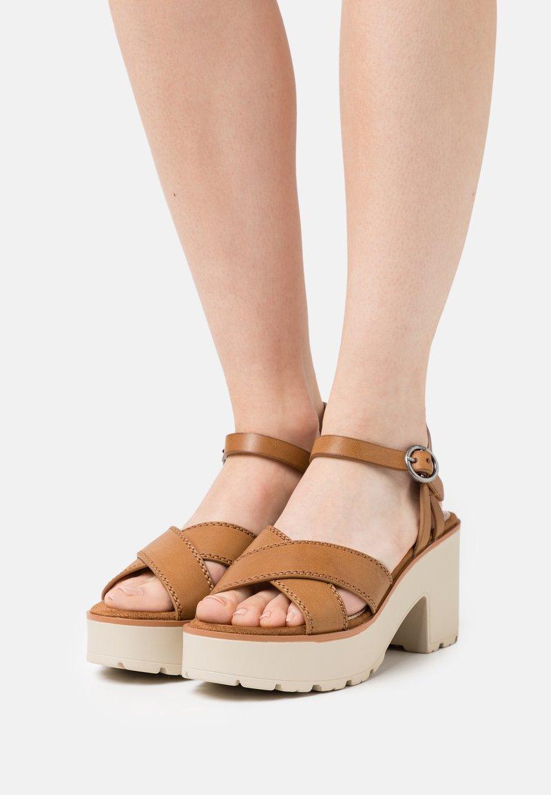 mtng - EMELINE - Platform sandals - marron