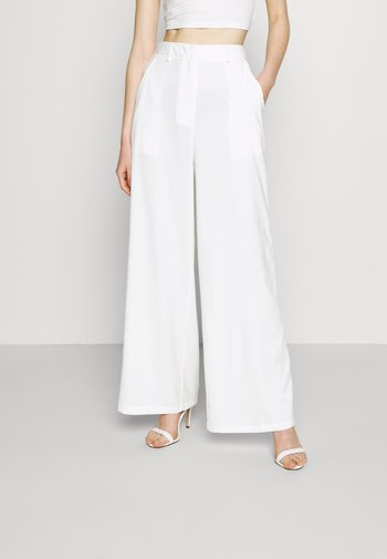 STUDIO WIDE LEG TROUSERS - Trousers - offwhite