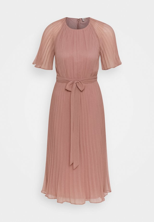 DREAM MIDI DRESS - Vestido de cóctel - dark pink