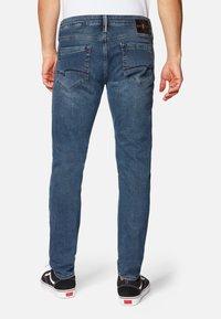 Mavi - JAMES - Jeans Skinny Fit - smoky blue ultra move - 2