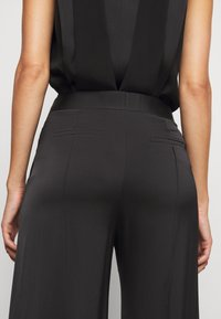 Victoria Victoria Beckham - ROUSER - Kalhoty - black - 5