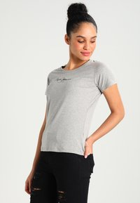 Pepe Jeans - NEW VIRGINIA - T-shirt z nadrukiem - grey marl - 0