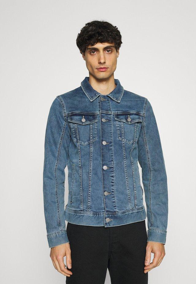 VINTAGE - Denim jacket - super stone blue denim