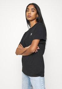 adidas Originals - LOOSE TEE - Print T-shirt - black - 3