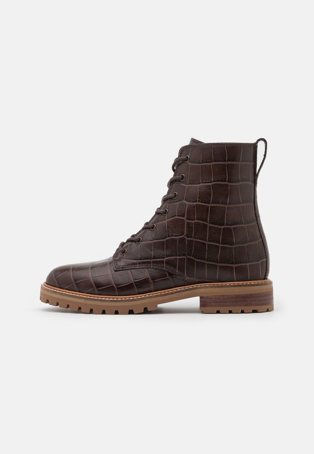 CLAIR LACE UP BOOT  - Botki sznurowane - dark coffee
