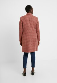 Vero Moda Curve - Classic coat - high risk red - 2