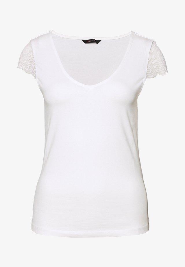 ONYFAITH V-NECK - T-shirt con stampa - cloud dancer