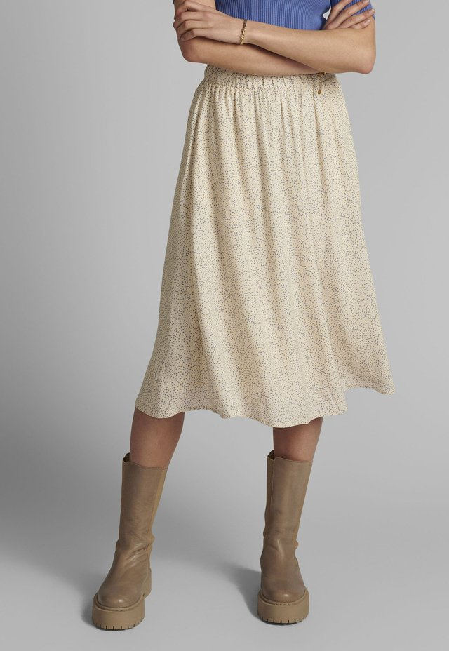 NUCOURTNEY SKIRT - Pliceret nederdel /Nederdele med folder - brazillian sand