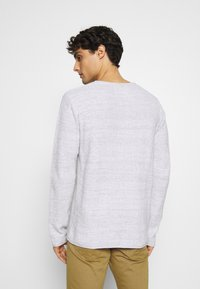 INDICODE JEANS - KRISTAN - Stickad tröja - optical white - 2