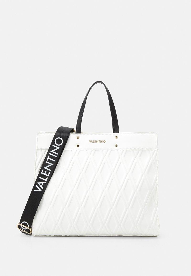 Valentino Bags - PEPA - Torba na zakupy - bianco