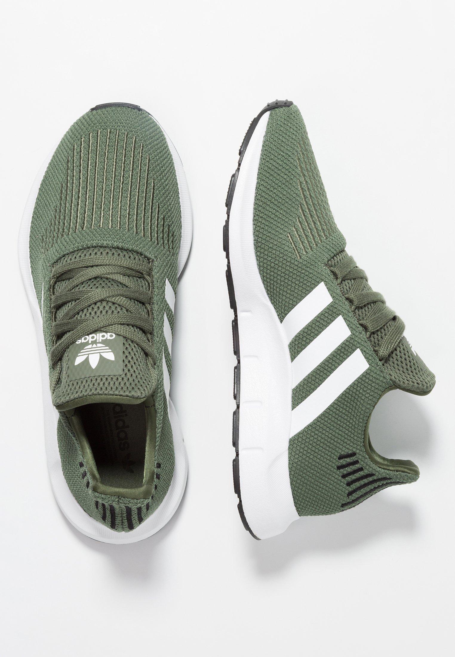 Kjøp adidas Originals Swift Run W Basgrnftwwhtcblack sko