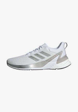 Obuwie do biegania treningowe - white