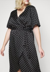 New Look Curves - MARK MAKING - Day dress - black - 6