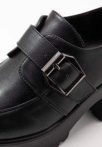 Koi Footwear - VEGAN - Platform heels - black - 2