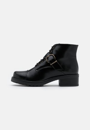 LUCE VEGAN - Korte laarzen - black